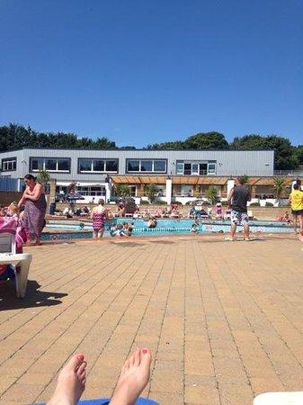 Hendra Holiday Park: outdoor pool