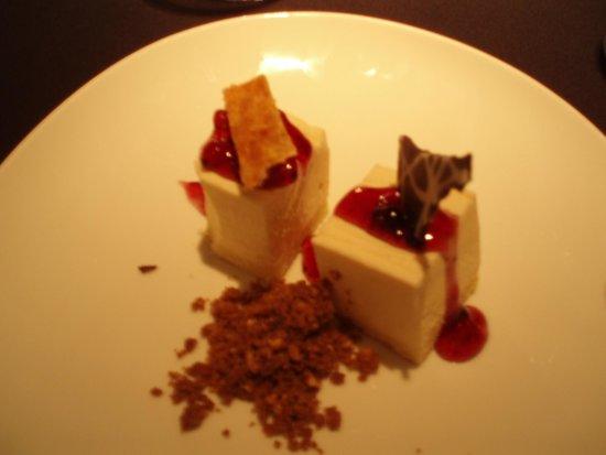 Sentido Ixian All Suites : Eksempel på dessert i suite-restauranten