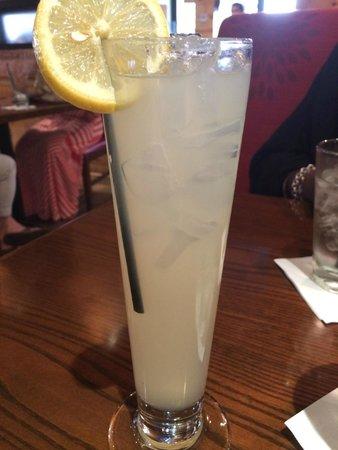 American Tap Room: Lemonade