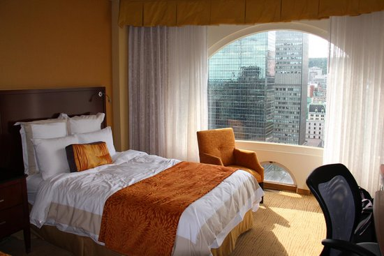 Montreal Marriott Chateau Champlain : Chambre