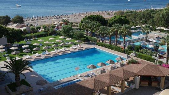 Blue Sea Beach Resort : Vue chambre.