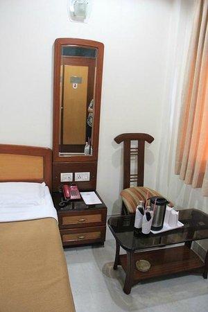 Hotel Tara Palace Chandni Chowk : Our room