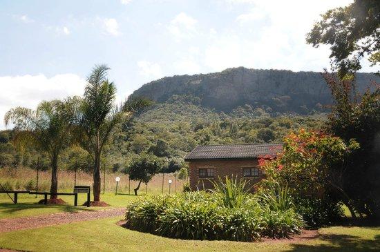 Mount Azimbo Lodge : View
