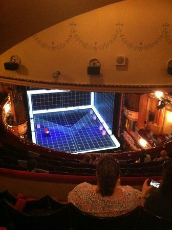 Gielgud Theater: Last Row at the very top ! J seats