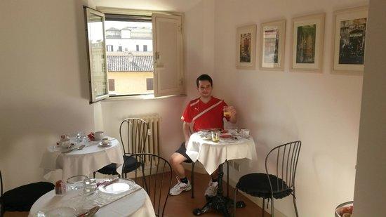 Al Centro di Roma B&B: Great breakfast!