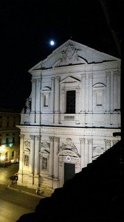 Al Centro di Roma B&B: View from room Spagna