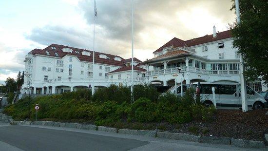 Dr. Holms Hotel: Aussenansicht vom Hotel