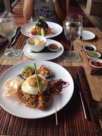 Puri Sunia Resort: Local speciality