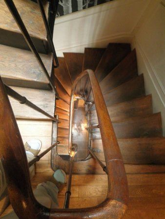 L'Hotel Particulier : The staircaise from above