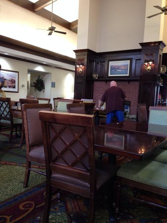 Homewood Suites by Hilton North Dallas-Plano : Common/dining area