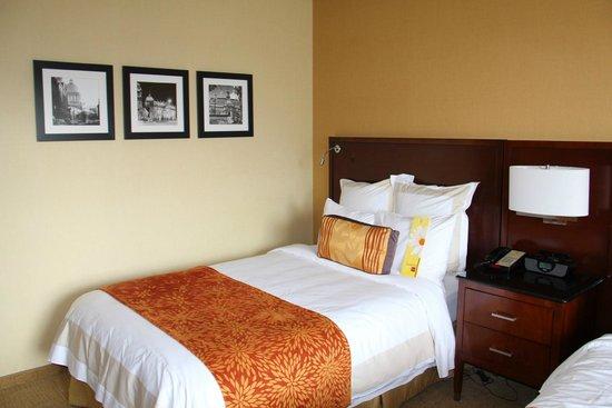 Marriott Chateau Champlain: Lit