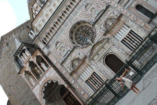 La Citta' Alta : Церковь в Старом Городе