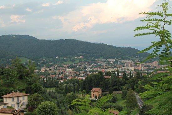 La Citta' Alta : Вид с задней стороны Старого Города