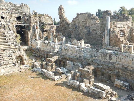 Greek Amphitheater : Amphitheater