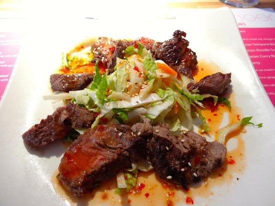 Tamarijn Aruba All Inclusive: spicy beef salad at Ginger in the Tamarijn