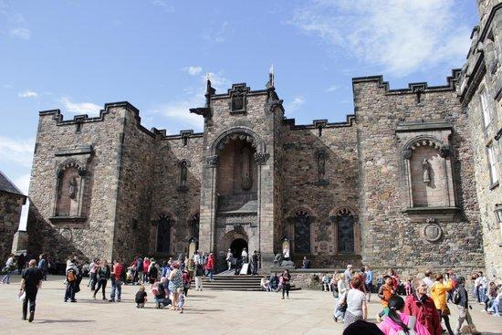SANDEMANs NEW Europe - Edinburgh : Tour del Castillo