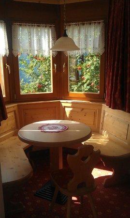 Hotel Tirol : Camera da letto