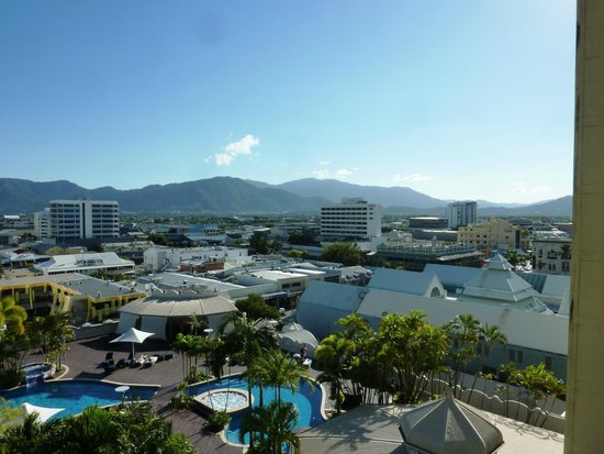 Pullman Cairns International: Vista do apartamento