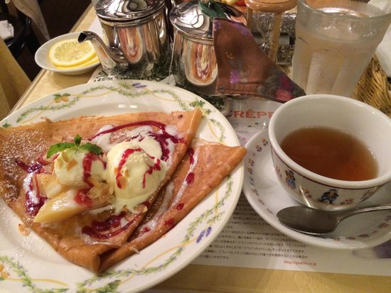 creperie  Alcyon : クレープと紅茶