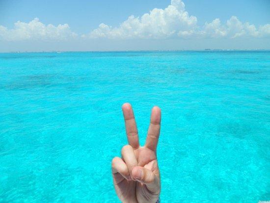 Isla Mujeres Trips, Info & Tours Center by Mariel: Deslocamento da zona hoteleira para a ilha
