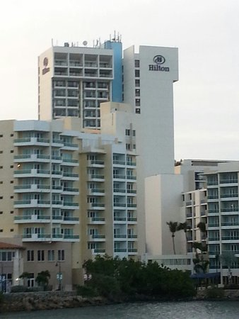 Caribe Hilton San Juan: Hotel view from Condado
