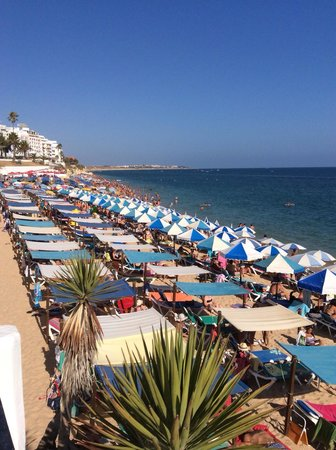 Holiday Inn Algarve - Armacao de Pera: Beach area from hotel
