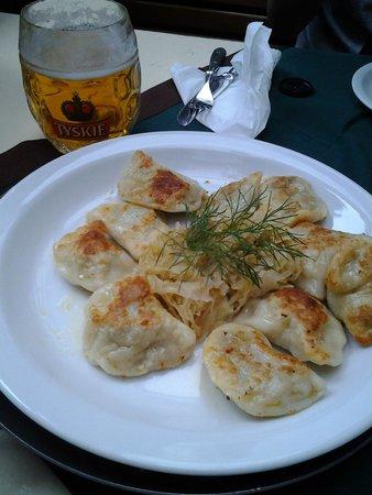 Pod Wawelem: Polish dumpling (Pierogi)