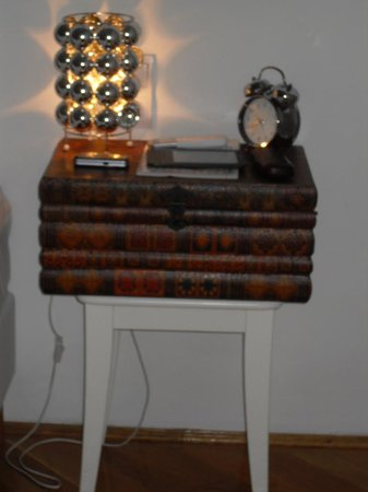 House Beletage: loved this book - style bedside table!