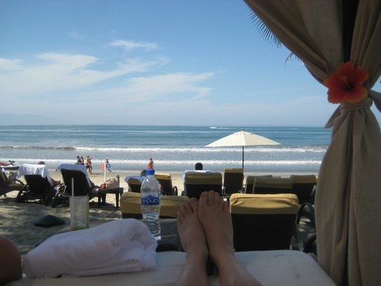 Marival Residences Luxury Resort Nuevo Vallarta: Beach bed