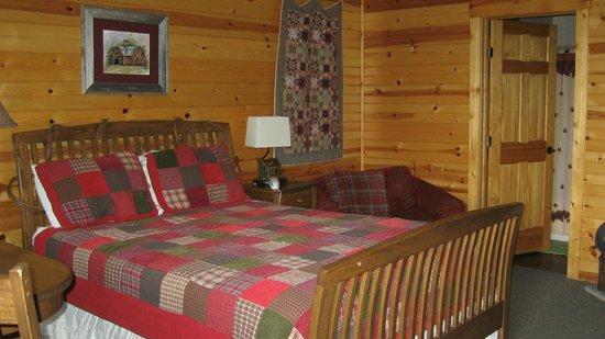 Simple Blessings Cabins: cute room