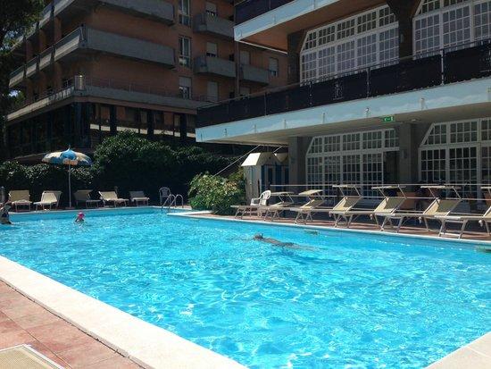 Hotel Imperiale: Piscina