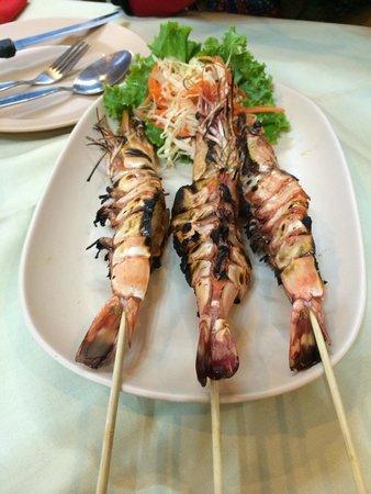 Sakorn No.49 Nook & Bow Seafood: Grilled Shrimps
