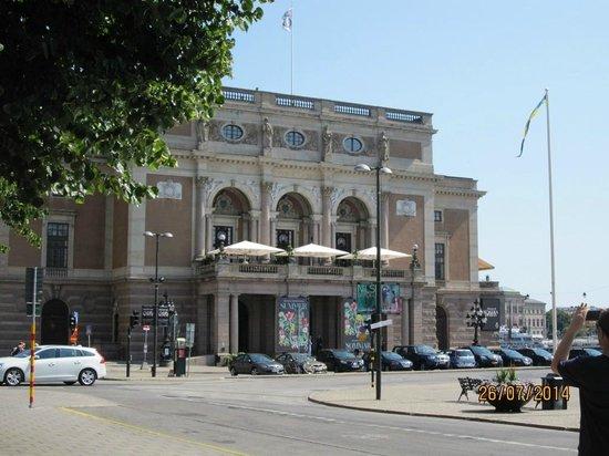 Opera House (Operan) : outside view