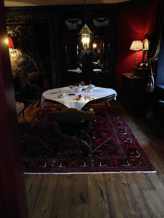 The Witchery by the Castle : Turret dining area