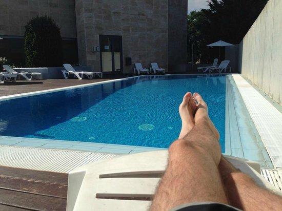 Class Valls: Piscina del hotel.