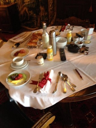 The Witchery by the Castle : Turret breakfast