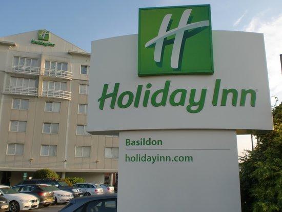 Holiday Inn Basildon: 周りはわりと静かな所です