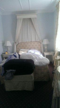 Best Western Jorgensens Hotel: Lidt smalt værelse