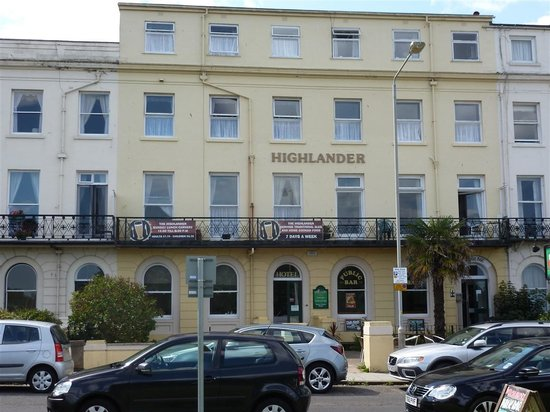 Highlander Hotel: The Higlander Hotel