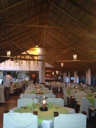 Petit Lafitte : Dining room