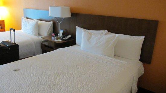 Fairfield Inn & Suites Orlando International Drive/Convention Center : Zimmer
