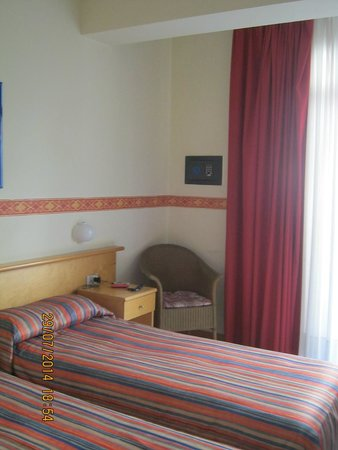 Hotel Sporting Baia: Room