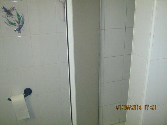 Hotel Sporting Baia: Bathroom