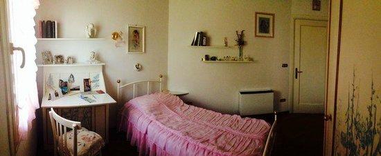 B&B Le Tre Grazie: Vista della camera singola