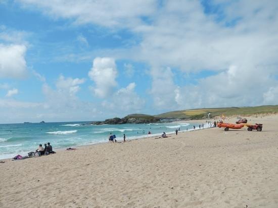 Constantine Bay Beach: nice surf