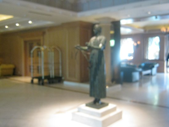 Royal Olympic Hotel: Lobby of the Hotel