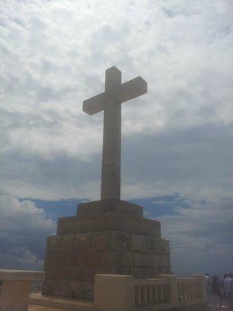 Mount Srđ: La croce in memoria dei soldati