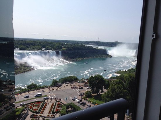 Sheraton on the Falls : Room con vista cascate dal 17mo piano!!! Fantastica