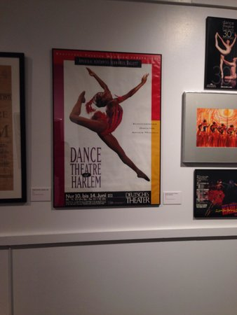 National Museum of Dance & Hall of Fame : Exhibit