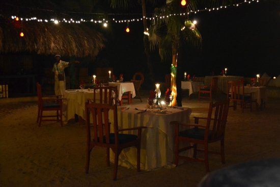 The Caves: Dinner at the Sands